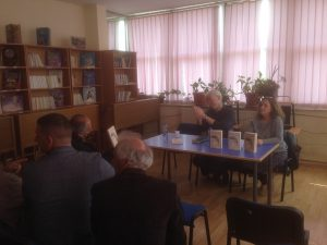 """Leximi nga biografia e Aleksander Moisiut në Bibliotekën e qytetit """"Azem Shkreli"""" në Pejë, 7.4.2018"""